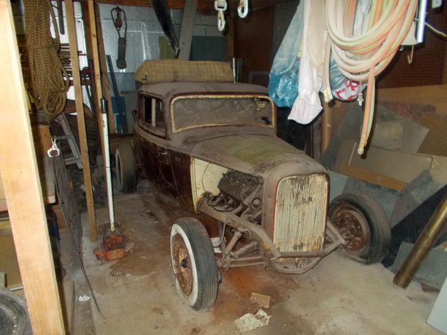 barn find cars pics | ... barn find: Long-lost '32 Ford was drag-racing star - Old Cars Weekly