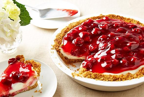 Easy as Pie: No-bake Cream Cheese Summer Pies