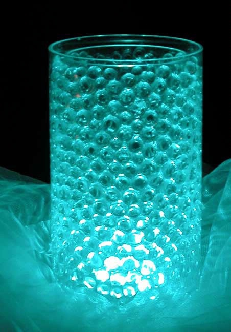 Blue water pearls with LED light inside. love this( of kaarsje )