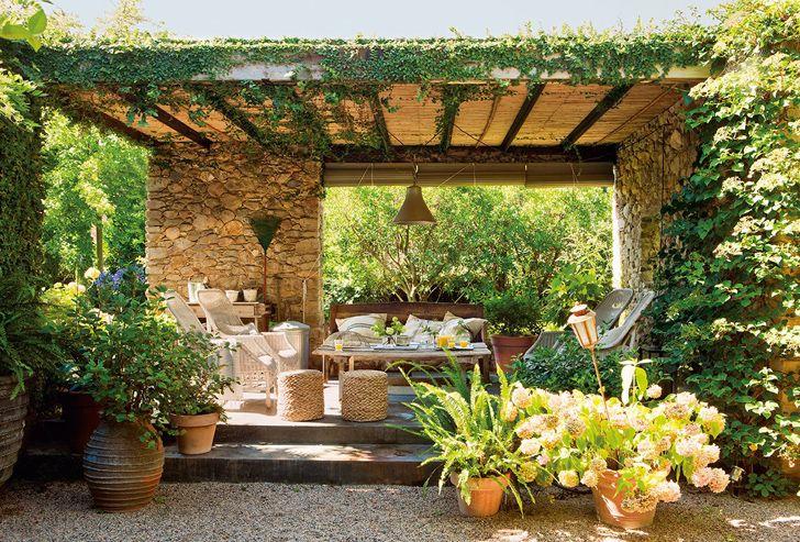 Каменный домик посреди дикой природы в Испании   Пуфик - блог о дизайне интерьера