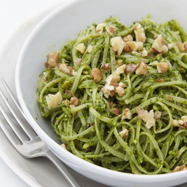 Gluten-Free Pasta With Spinach & Walnut Pesto | sheerluxe.com