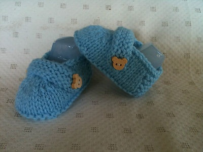 Cute boy booties with wooden teddy buttons. Size newborn/reborn doll.