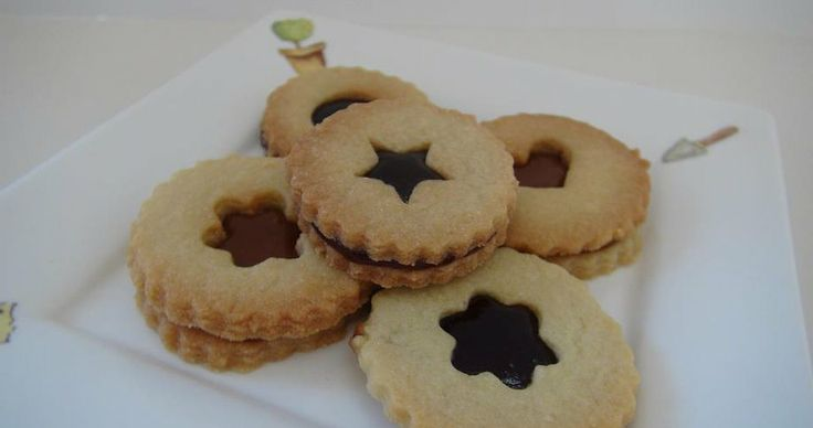 The Sweet Bakery | Linzer Cookies
