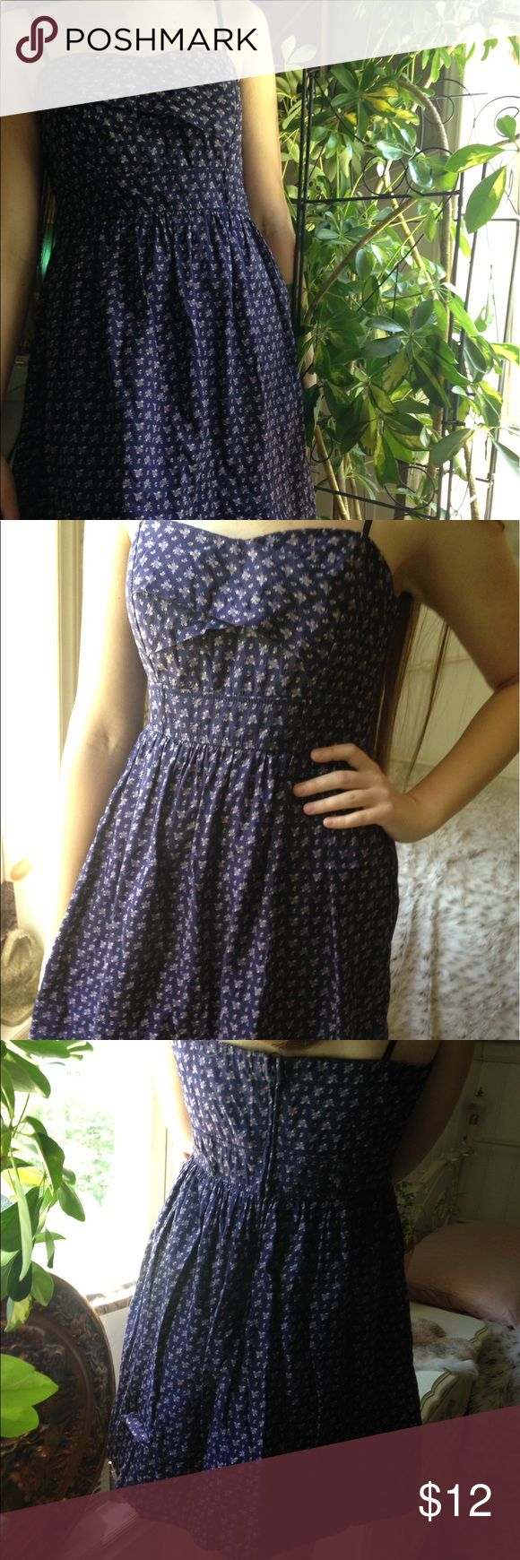 City Triangles | Navy Floral Sundress | Size 9 Very sweet little cotton dress. Has a padded bra insert in the top. Belt loops. And is lined in the skirt. Size 9. Fits a medium as well. Thank you for looking! City Triangles Dresses Mini
