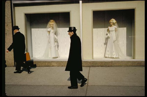 Garry Winogrand unseen Colour
