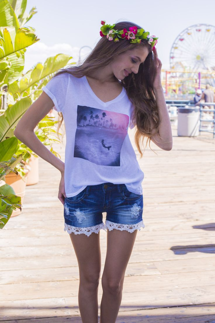 Spring Collection en Santa Monica California Shorts y blusas con la modelo Annita Chase