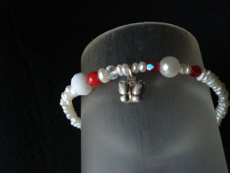 handmade bracelet of silver 925,pearls and coral