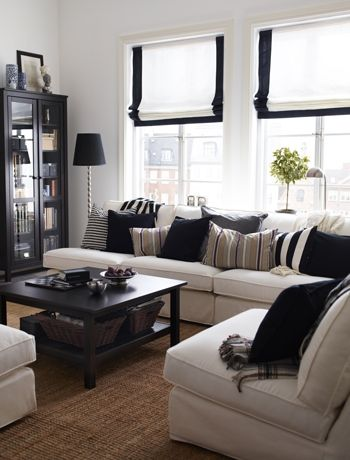 Opt for simple window treatments - ideas for a small living room, decorating a small room