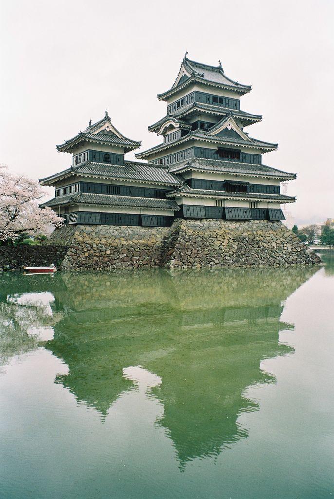 Matsumoto Castle / Japan: Places Travel, Beautiful Photo, Asian Temples, Castles Japan, Nagano Prefectur, Matsumoto Castles, Architecture, Japan Castles, Travel Amazing