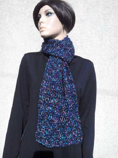 echarpe lurex laine noir bleu violet et vert.Tricot fait main.Echarpe lurex femme & ado fille : Echarpe, foulard, cravate par french-touch http://www.alittlemarket.com/boutique/french_touch-276004.html