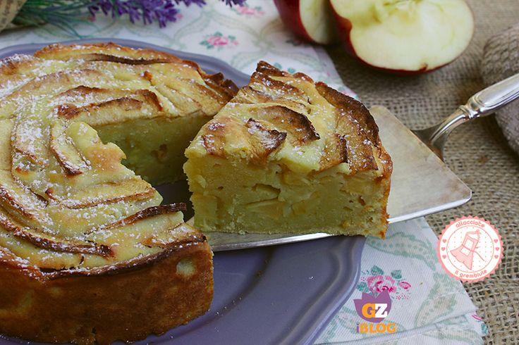 La torta ricotta mele e crema...praticamente una torta nua ma senza burro...la più facile e veloce torta che ci sia, profumata e golosissima.