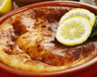Clafoutis au thon et aux légumes de printemps : http://www.fourchette-et-bikini.fr/recettes/recettes-minceur/clafoutis-au-thon-et-aux-legumes-de-printemps.html