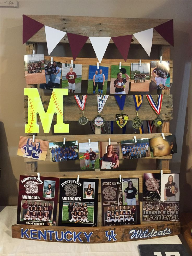 Best 25 pallet picture display ideas on pinterest for Family display board ideas