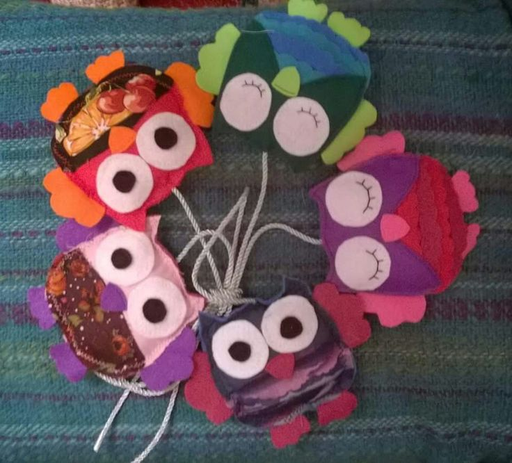 Felt and fabric owls for hanging