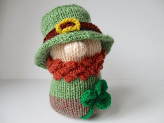 Blarney the Leprechaun toy knitting pattern by fluffandfuzz