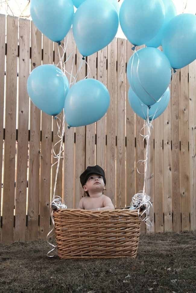 hot air balloon first birthday party - from the post 24 first birthday party ideas for boys - awesome resource!