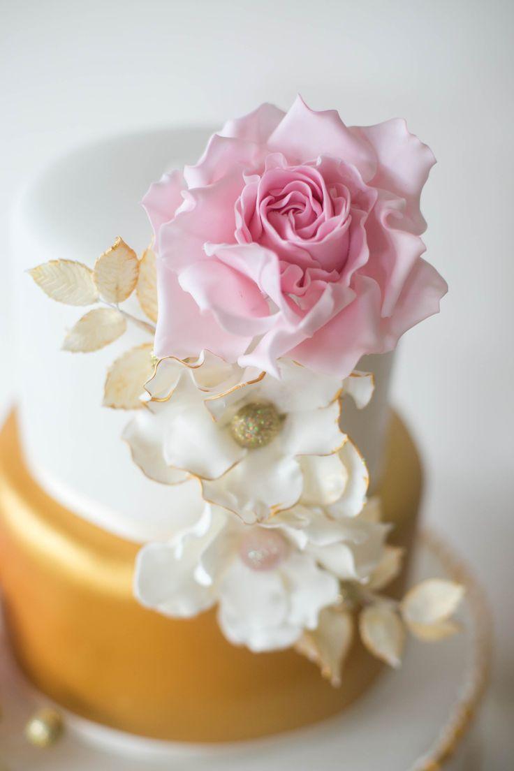Hochzeitstorte Stuttgart von www.suess-und-salzig.de Weddingcake gold