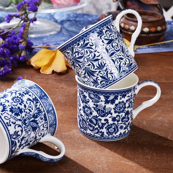 320 mL Klassieke Stijl Blauw en Wit Porselein Mokken Bone China koffie Zwarte Thee Kopjes Melk Mok Keramische Aardewerk en Porselein Cup(China (Mainland))