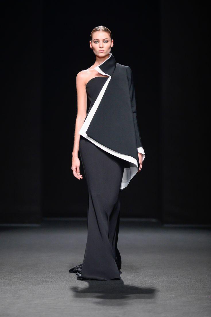 Stéphane Rolland Parigi - Haute Couture Fall Winter 2013-14 - Shows - Vogue.it