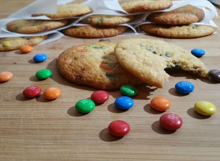 Copycat Recipe: Subway cookies, M&M's or Chocolate chip!
