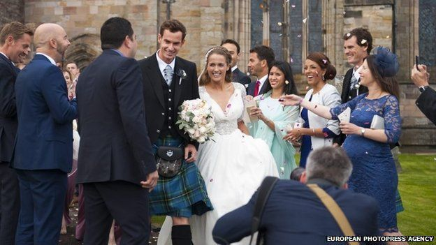 Andy Murray marries girlfriend Kim Sears in Dunblane