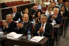 Kent Konseyleri toplantısı Karşıyaka'da yapıldı. Toplantıda Kent Konseylerinin önemine değinildi