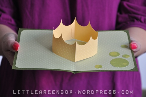 """""""you rule"""" pop up card tutorial!!Popup Crowns, Crafts Ideas, Royal Crowns, Cards Pattern, Cards Inspiration, Crowns Pop Up Cards, Paper Crafts, Cards Tutorials, Birds Crafts"""