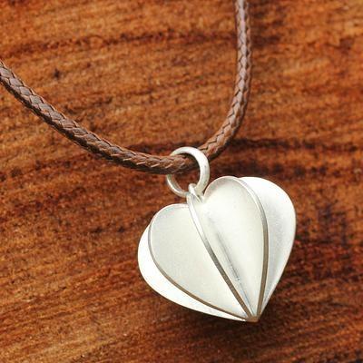 Sterling silver pendant necklace, 'Modern Heart' - Thai Silver Pendant Necklace