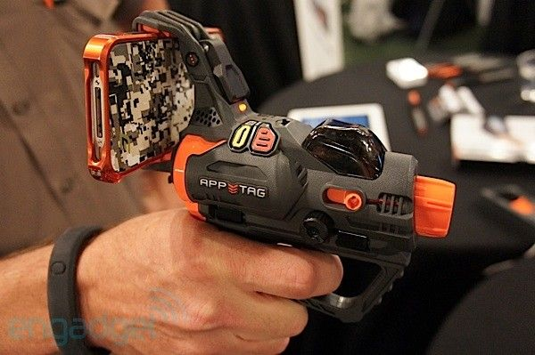 Hex3 AppTag pistol turns iPhones and Androids into augmented reality laser tag gun sights (hands-on): Guns Sight, Pistols Turning, Augmented Reality, Reality Laser, Laser Tags, Hex3 Apptag, Apptag Laser, Android App, Apptag Pistols