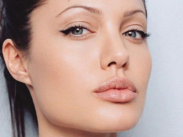 Angelina Jolie make up con eyeliner