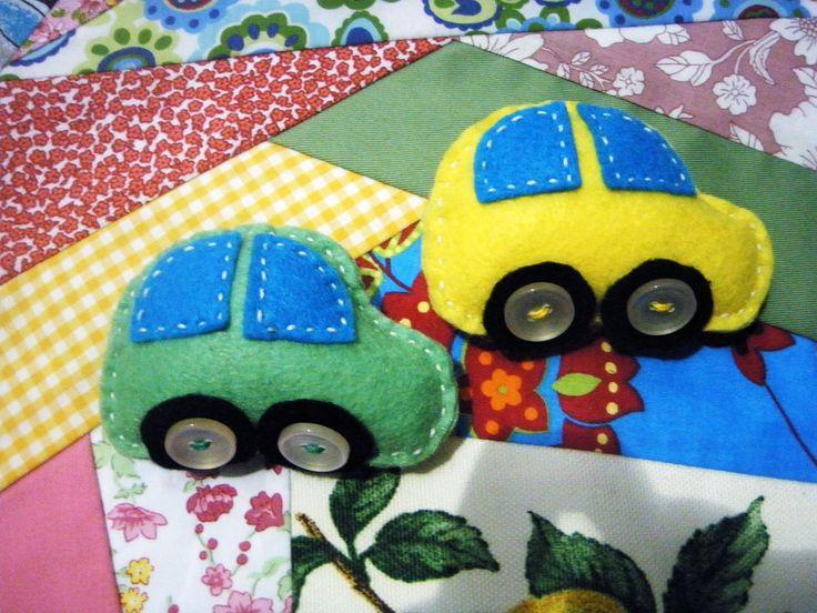 carros em feltro