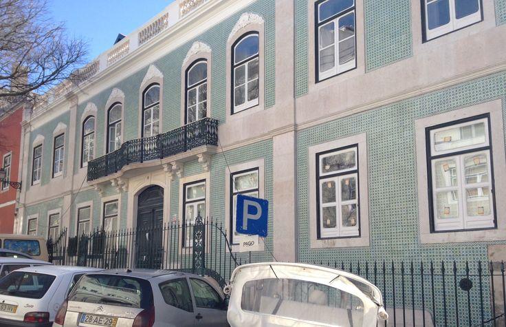 Beautiful green azulejos in Lisboa.