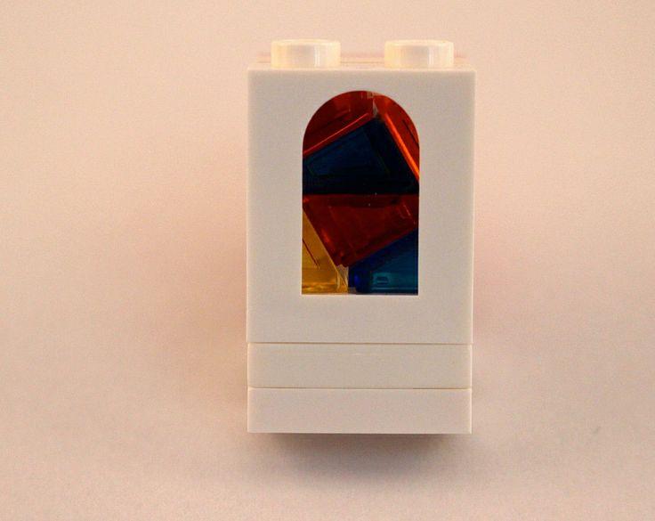 Just a test: LEGO Church Mosaic window - midi scale.