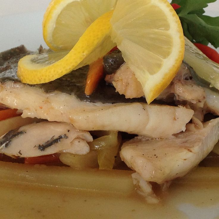 """""""Moudounou Fish & Mezes"""" in Afitos, Halkidiki is the tastiest suggestion for sea food delicacies."""