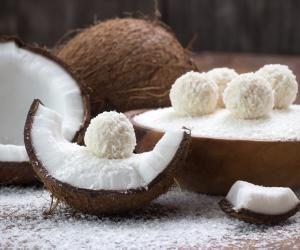 Zdravé domácí kokosové kuličky