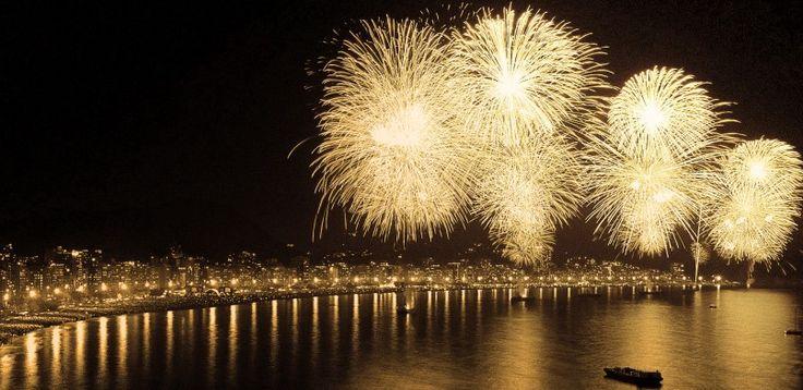 CENTRAL DE CONCRETO:    FELIZ 2015     Desejamos que neste ano se...