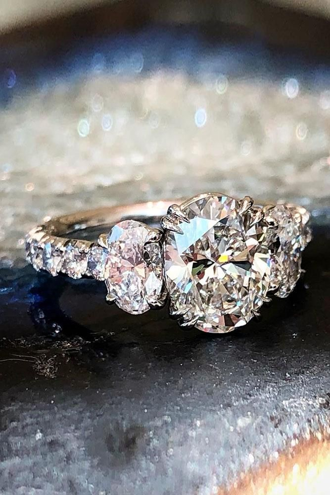 oval engagement rings three stone engagement rings diamond engagement rings beau…