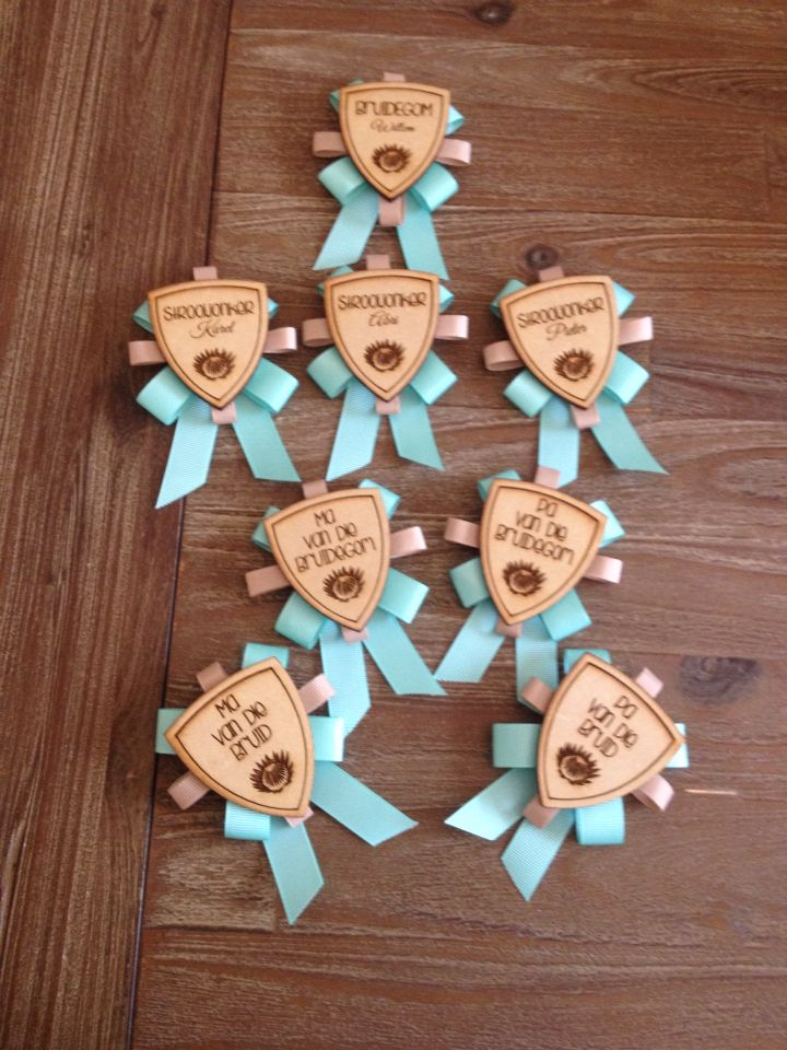 More gorgeous bridal badge pins done by us.