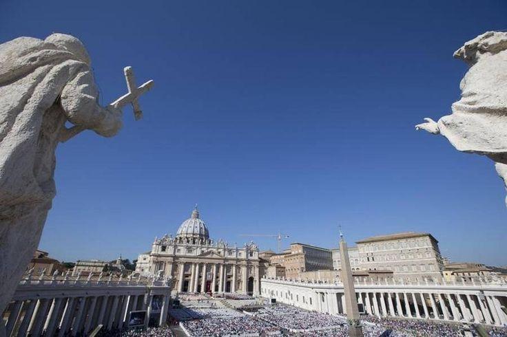 Hvis disse mure kunne tale...Gennem tiderne har Vatikanet været hemmelighedernes højborg, men på det seneste er der blødt op på mange punkter i verdens mindste stat. (Foto: AP/Andrew Medichini)