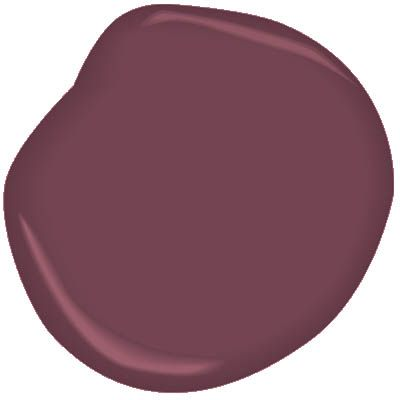 This deep, inviting shade of plum traces its history to the 18th century, when it was once made using umber pigments.