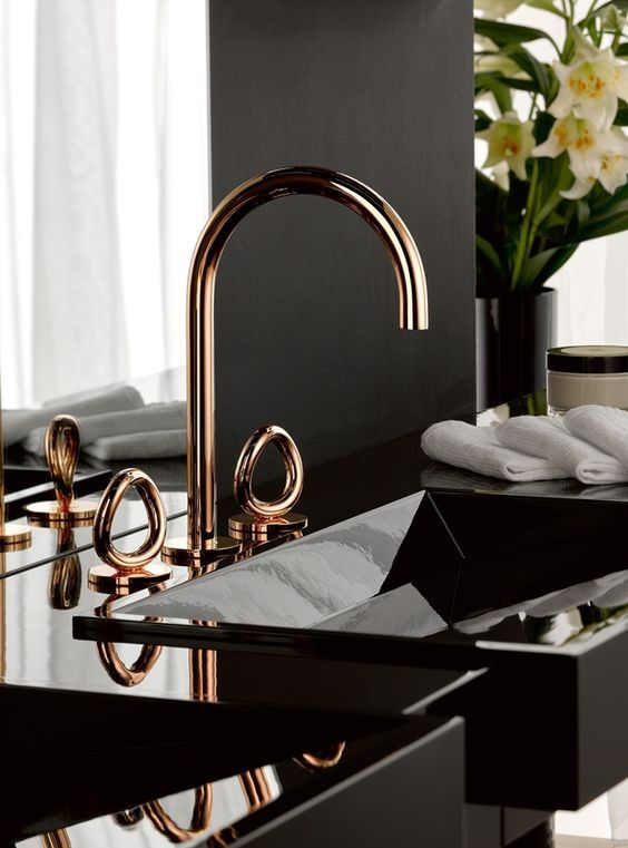 Rose Gold é Tendência De Design In The Home Pinterest Bathroom Decor And