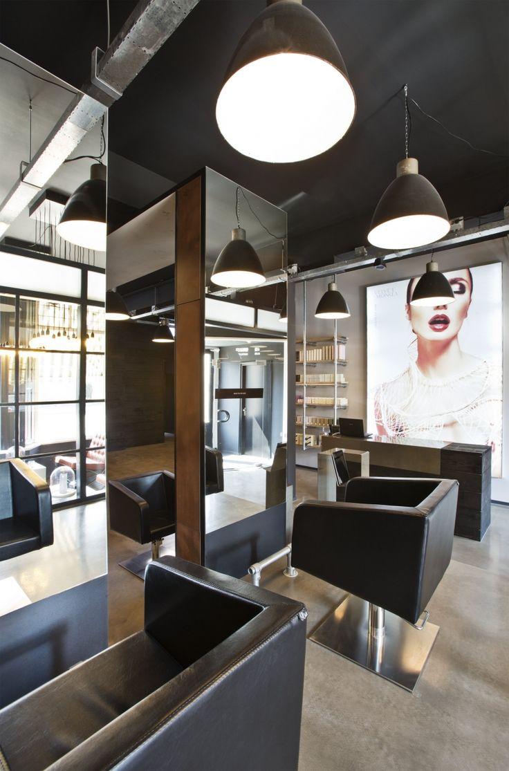 Almelo Velvet Monkey House of Hair kapsalon interieur