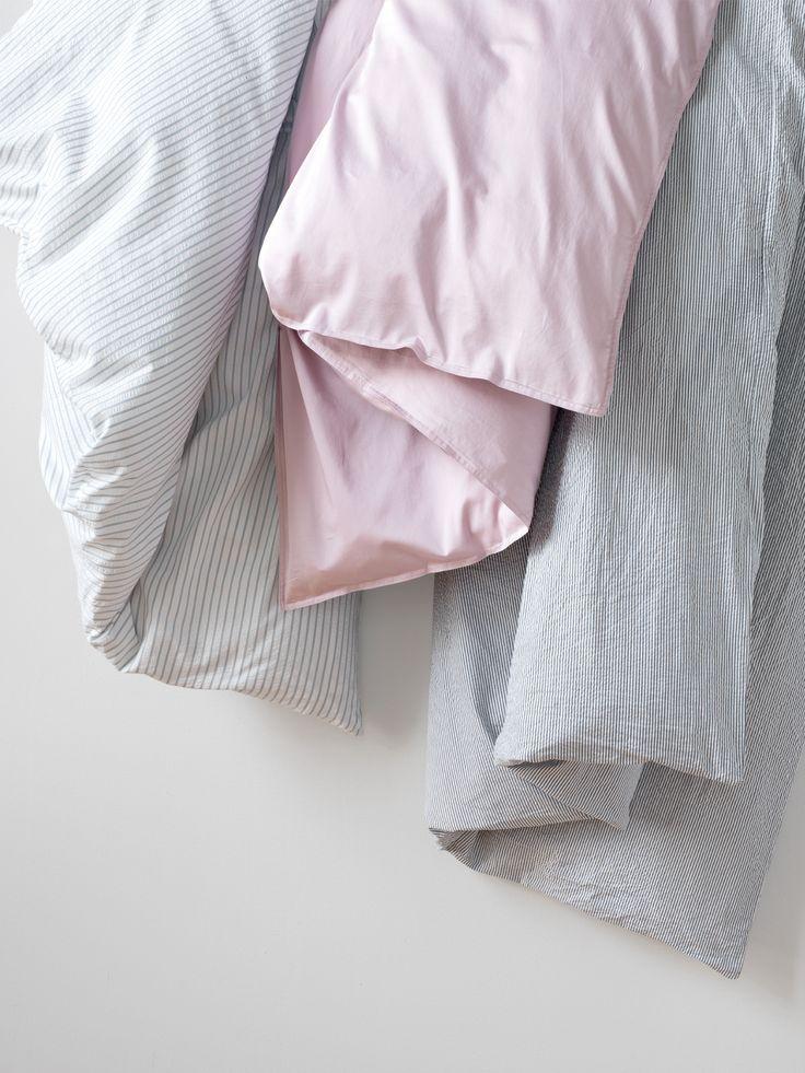 Sie müssen nicht länger davon träumen! Hier kommt die bügelfreie Wäsche in vier beliebten Materialien. #interio #frühling2017 #schlafen #bettwäsche