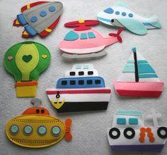 Felt: hot air balloon, rocket, planes, boat, submarine, helicopter. Feltro: balão, foguete, avião, barco, submarino, helicóptero.