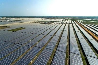 Adani Group launches world's largest solar power plant in Tamil Nadu - The Times of India on Mobile
