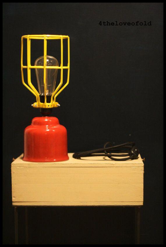 Lampada da Tavolo Industriale Small di fortheloveofold13 su Etsy, €60.00