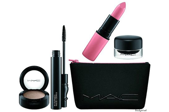 MAC has five kits in the sale, all of which produce different looks, ranging from the Girl Band Glam Kit to Downtown Diva Kit. Whether you're after a smoky eye suited for a rad concert, or a feline flick with a pink pout, there's something for everyone. MAC Look In A Box Sunblessed Kit, $39.50 ($71.50 value), available for pre-sale to members at Nordstrom. #refinery29 http://www.refinery29.com/2016/07/116866/nordstrom-semi-annual-sale-beauty-products-2016#slide-11