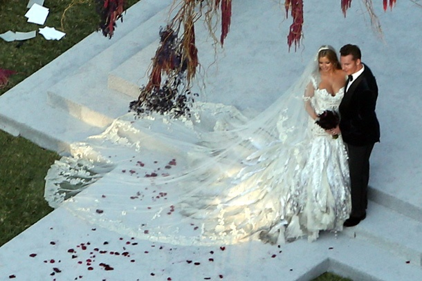 Holly Valance in wedding gown