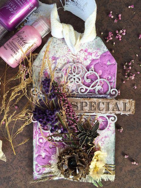 Mixmedia scrapbooking tag w kolorach fioletu z prawdziwą lawendą i wrzosem. Tag with lavender and heather. cardmaking, scrapbooking, mixedmedia