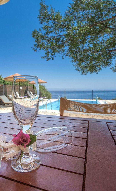 Emerald Classic #Villas, #Zakynthos island, #Greece http://www.emerald-villas.gr